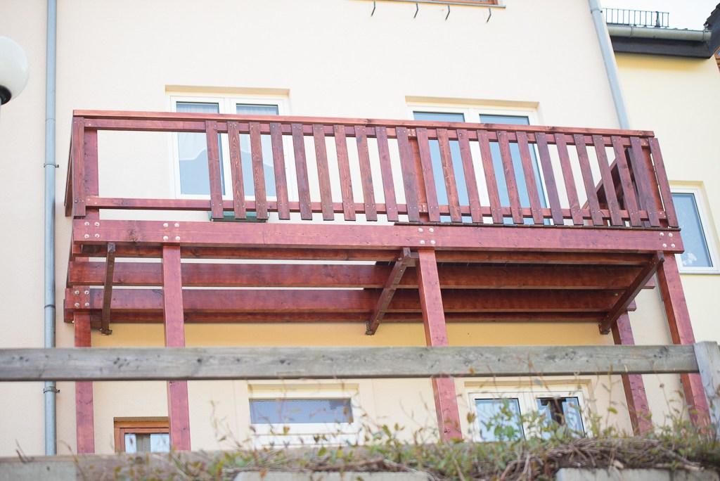 Balkon Erneuern | Balkon Schafft Blick Uber Tal Wohnen Holz